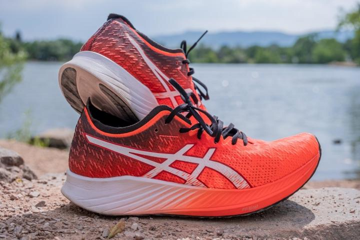 Asics Magic Speed - Lab Review 2021 - From $150 | RunRepeat