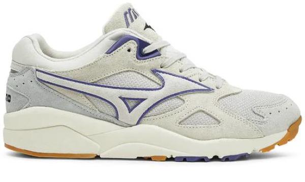 buy mizuno sneakers for men and women