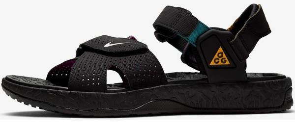 buy nike hiking sandals for men and women