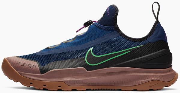 buy nike hiking shoes for men and women