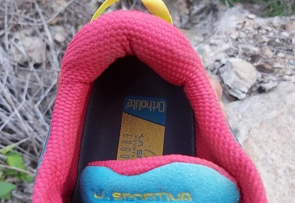 La-Sportiva-Akasha-heel-collar.jpg
