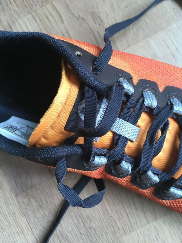 Merrell-Vapor-Glove-4-lacing.jpg