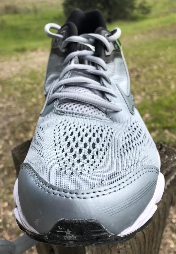 mens mizuno running shoes size 9.5 eu wow wow espa�a vs