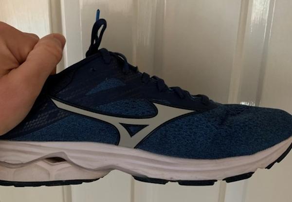 mens mizuno running shoes size 9.5 eu wow guide
