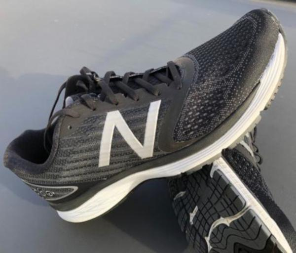 uk availability d287d dc942 10 Reasons to NOT to Buy New Balance 860 v9 (May 2019)   RunRepeat