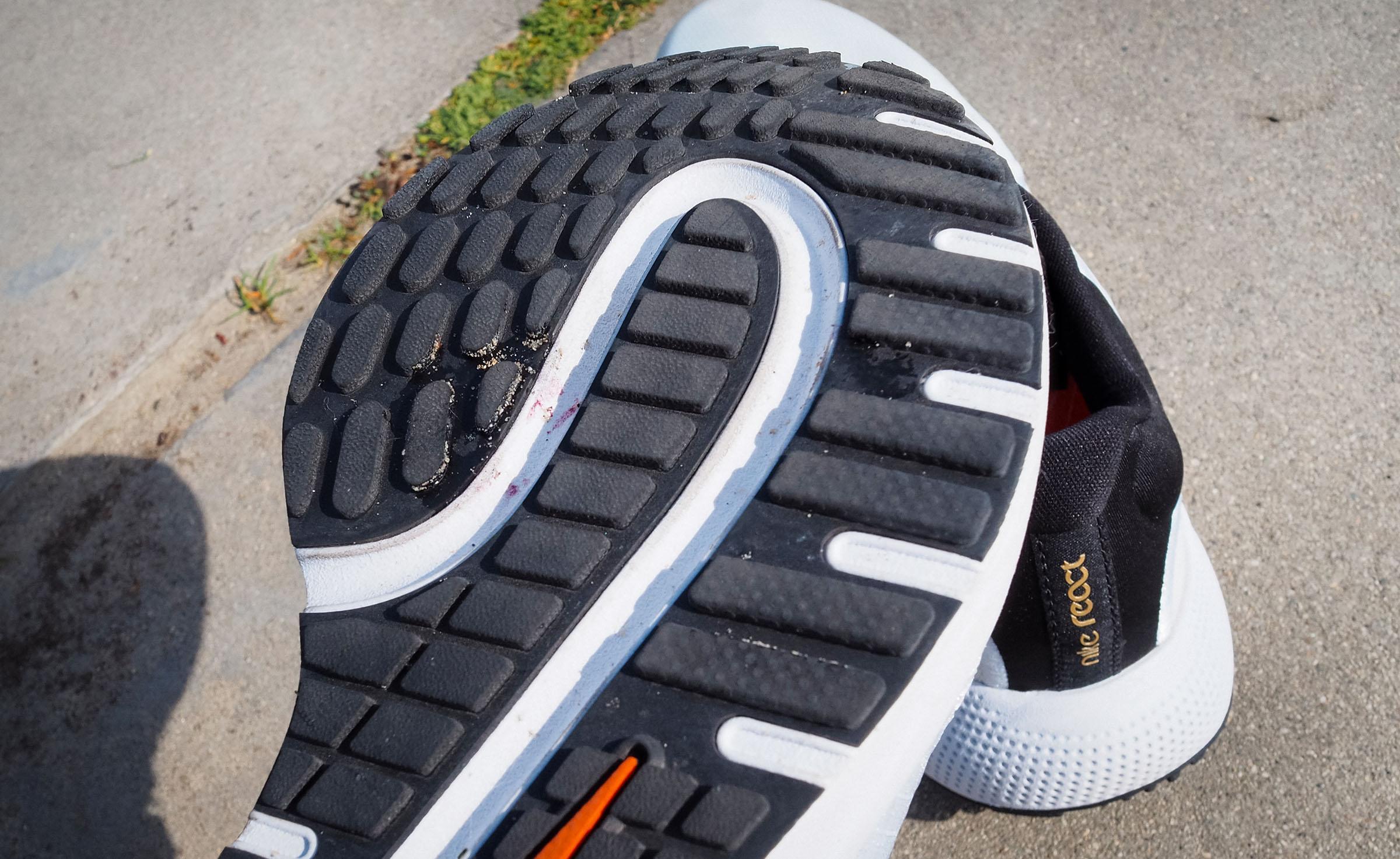Nike React Escape Run outsole closeup