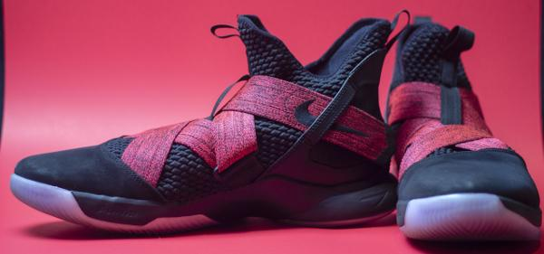 c1da5b5b5f948 Traction. I exclusively played with the Lebron Soldier XII ...