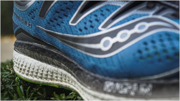 Saucony Triumph ISO 5 Men's Running Shoes Metal Quake