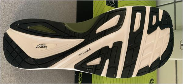 Topo-Athletic-Ultrafly-3-Outsole.jpg