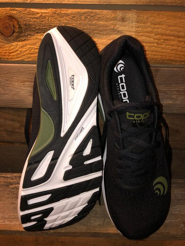 Topo-Athletic-Ultrafly-3-outsole-2.jpg