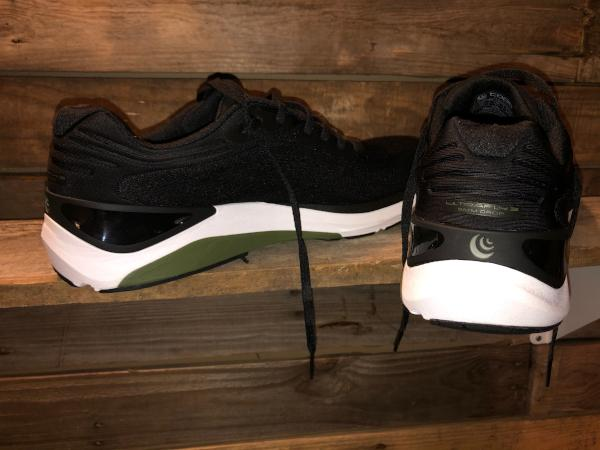 Topo-Athletic-Ultrafly-3-road-running-shoes.jpg