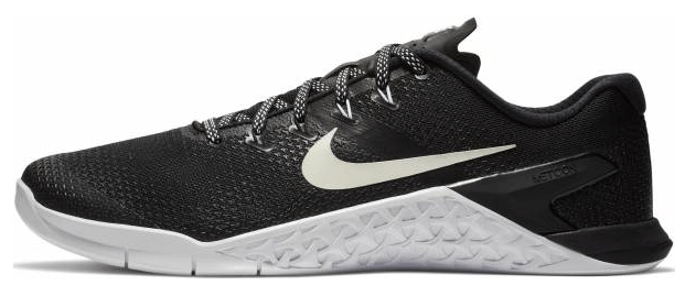 f33387114 Just like the other CrossFit shoes from Nike, the Nike Metcon 4 is designed  to meet the harsh demands of a CrossFit training regimen. From the bottom  up, ...