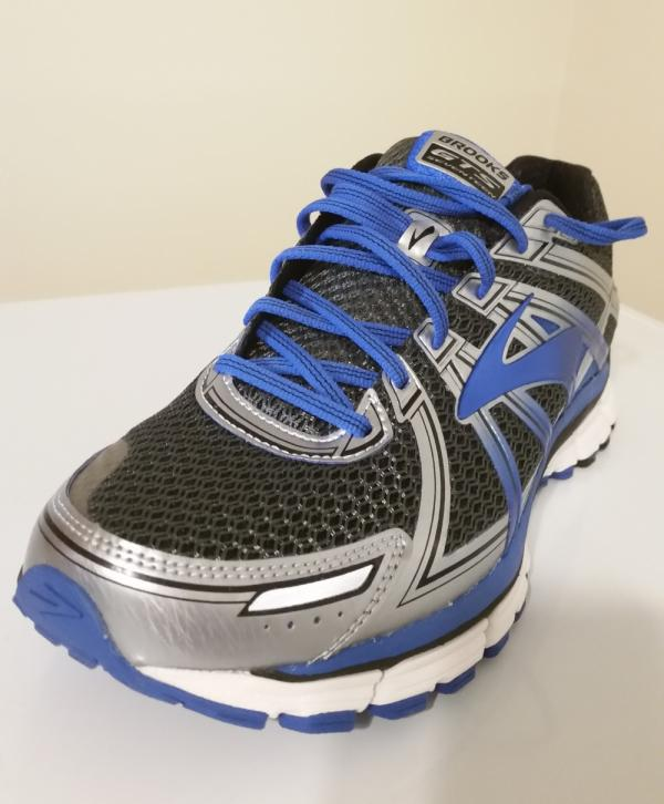 482798be15 14 Reasons to/NOT to Buy Brooks Adrenaline GTS 17 (Jun 2019) | RunRepeat